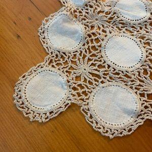 Vintage Accents - Vintage Crochet Boho Table Covering